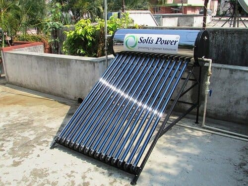 installation-chauffe-eau-solaire-monobloc