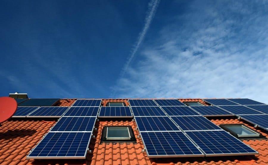 panneau-photovoltaique-toit