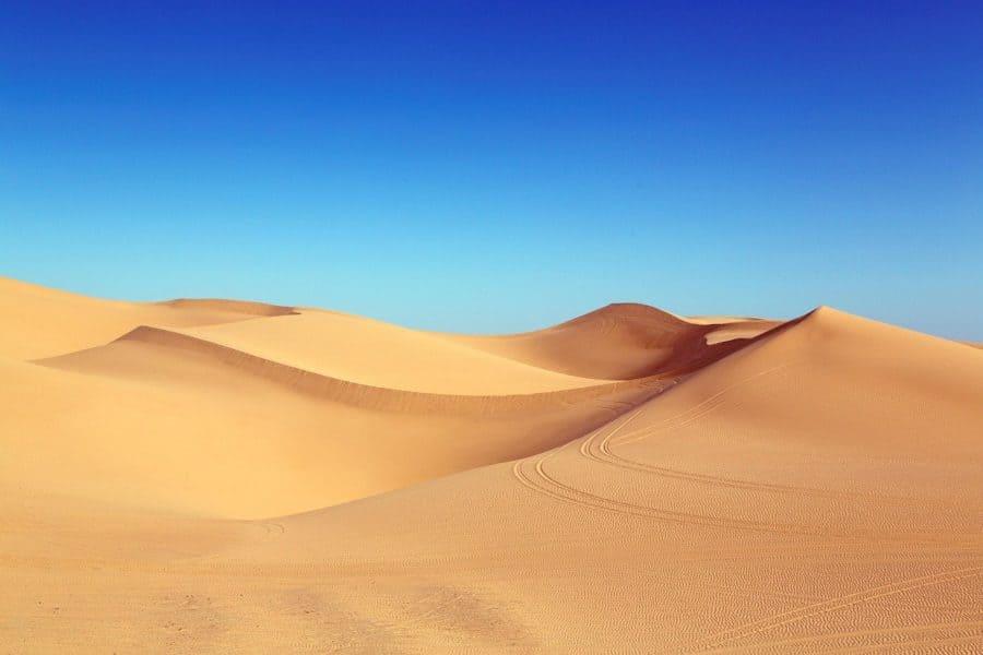 panneau-solaire-désert