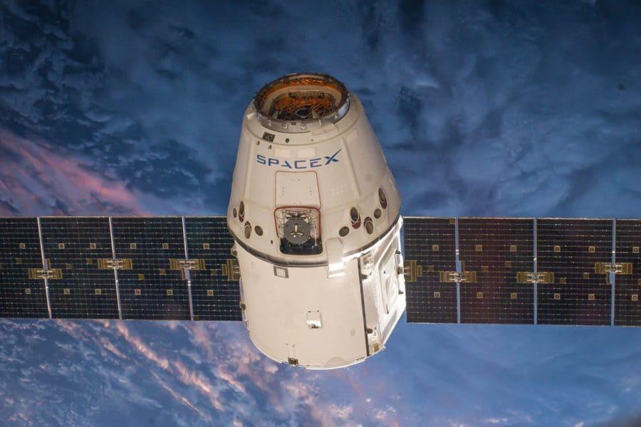 panneau-solaire-satellite